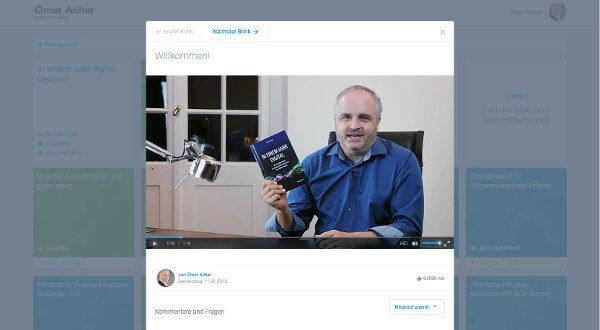 """Online-Training: In einem Jahr digital Das Praxishandbuch """"In einem Jahr digital"""" ist digital geworden! Unter training.atiker.com finden Sie die Inhalte des Grundlagentextes jetzt in einem mehrstündigen, interaktiven Video-Kurs. Klicken Sie sich durch die verschiedenen Lektionen und Kapitel des Video-Kurses. Ansprechend aufbereitet und appetitlich portioniert serviere ich Ihnen in rund 60 kurzen Video-Clips alles, was Sie über die digitale Transformation Ihres Unternehmens wissen müssen. Schauen Sie die Videos bequem an Ihrem Computer, Tablet oder Smartphone an. Stellen Sie mir Fragen, nutzen Sie das kostenlose Zusatzmaterial und überprüfen Sie den Stand Ihrer Digitalisierung in kleinen Selbst-Tests."""